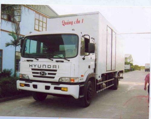 hyundai HD210 thùng kin